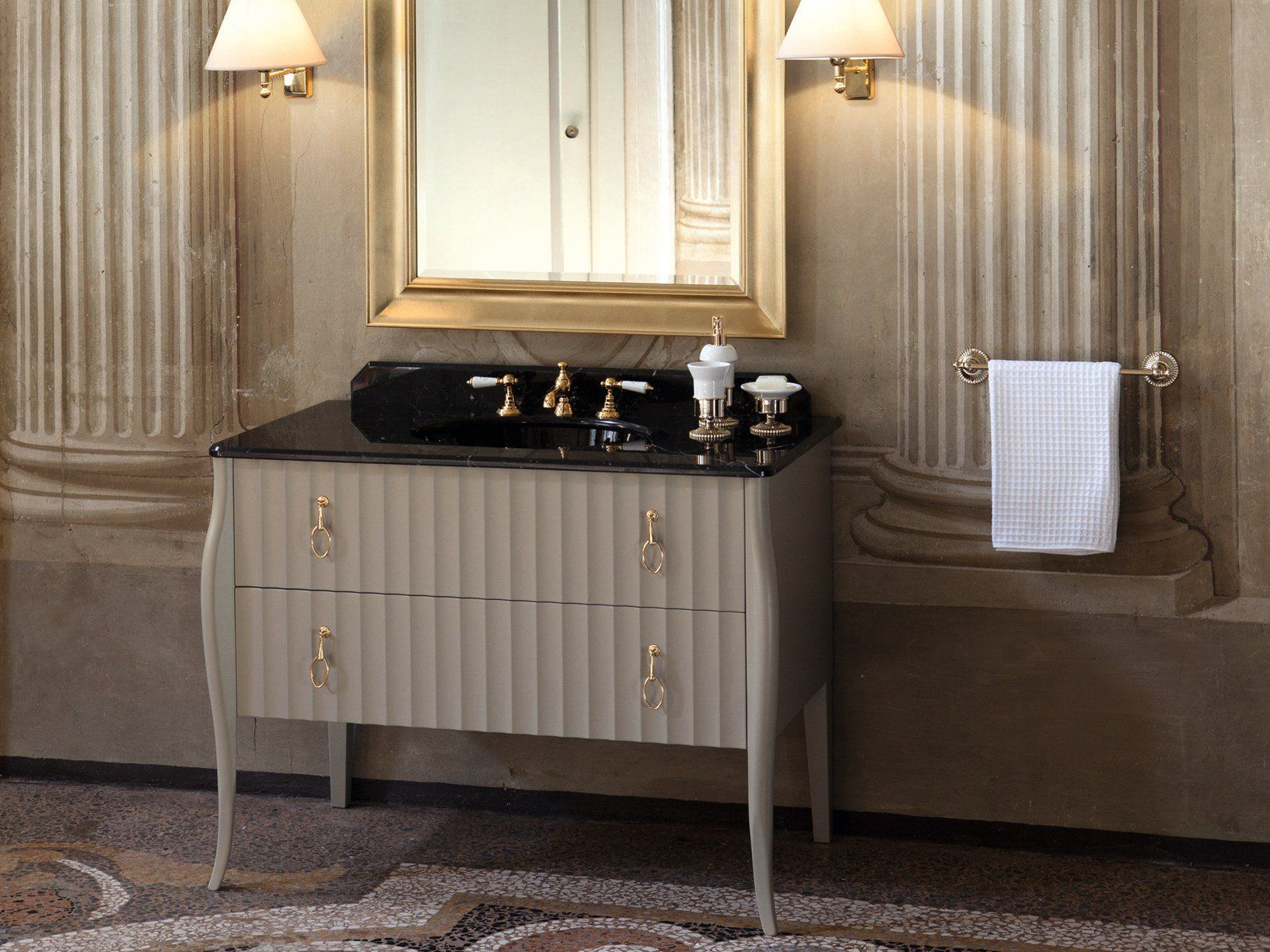 Gentry home presenta i mobili da bagno charlotte - Mobili da bagno eleganti ...