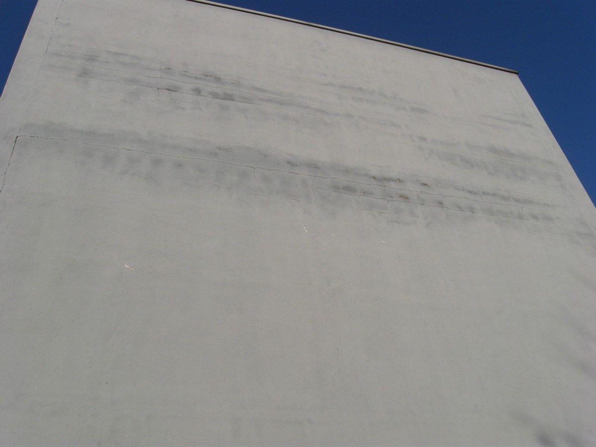 Guida Viero alla corretta diagnosi e risoluzione delle fessurazioni in facciata