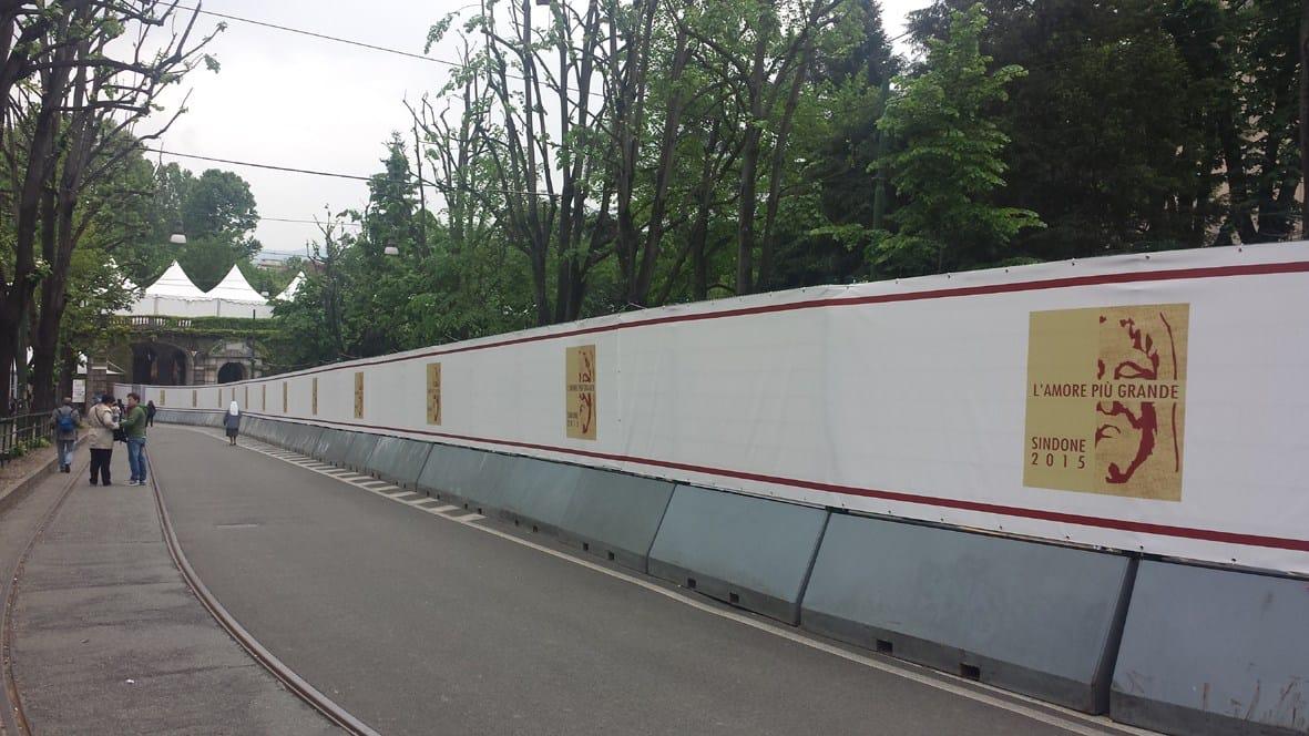 Torino: Ostensione della Sindone, i sistemi di sicurezza Betafence per il controllo delle folle