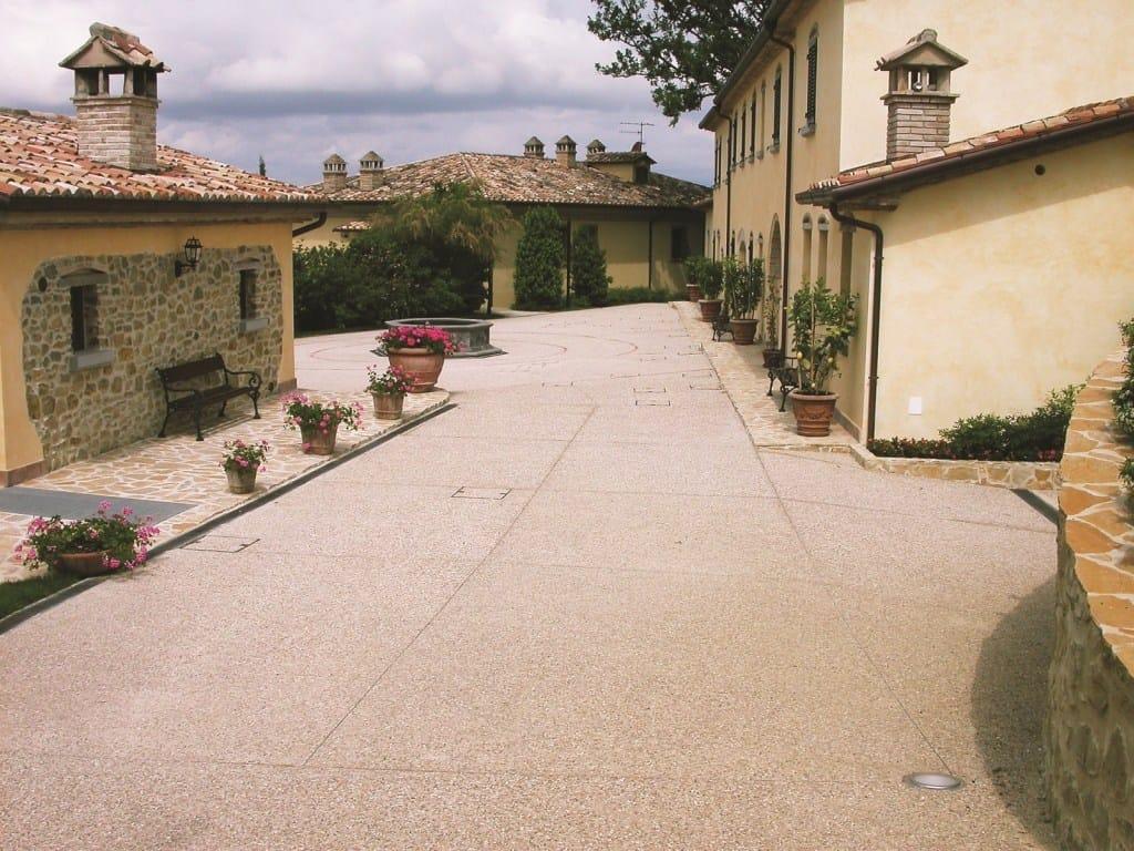 LevoFloor, il sistema Levocell per la realizzazione di pavimentazioni architettoniche ad effetto ghiaia a vista