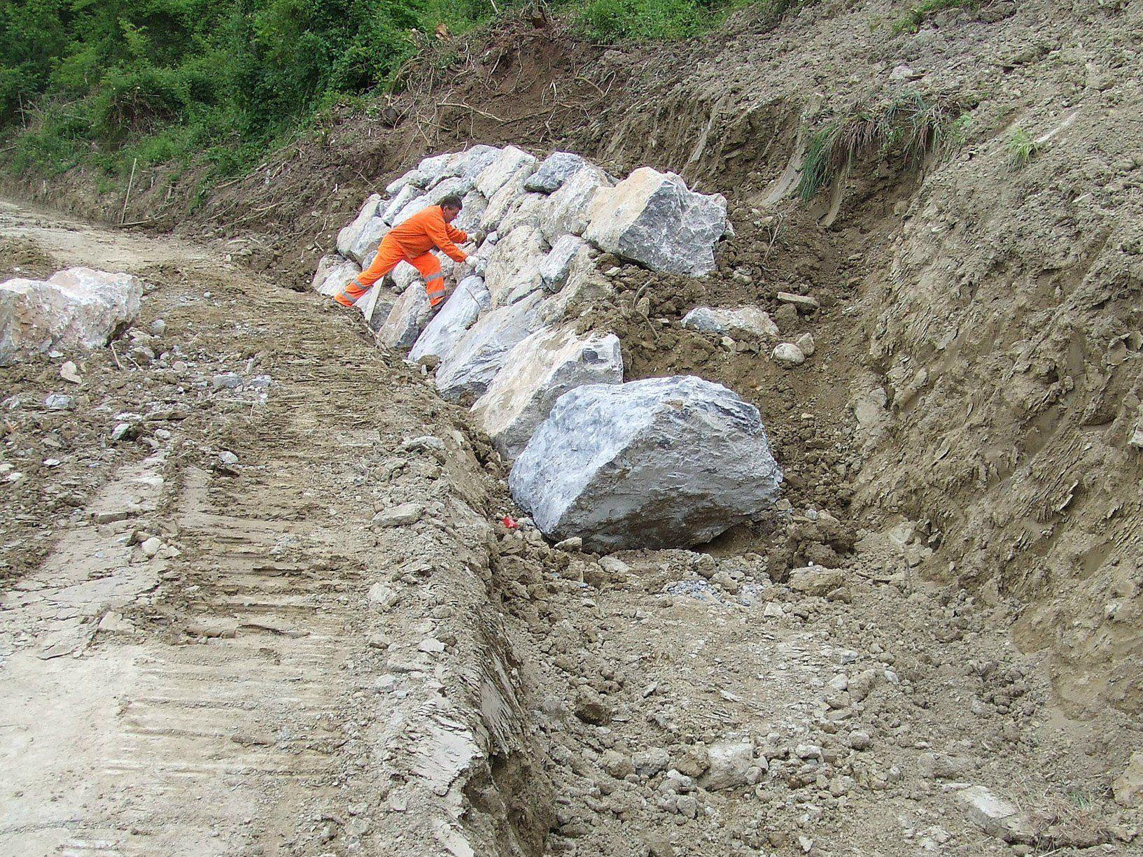 Dissesto idrogeologico: 700 milioni di euro per opere immediatamente cantierabili