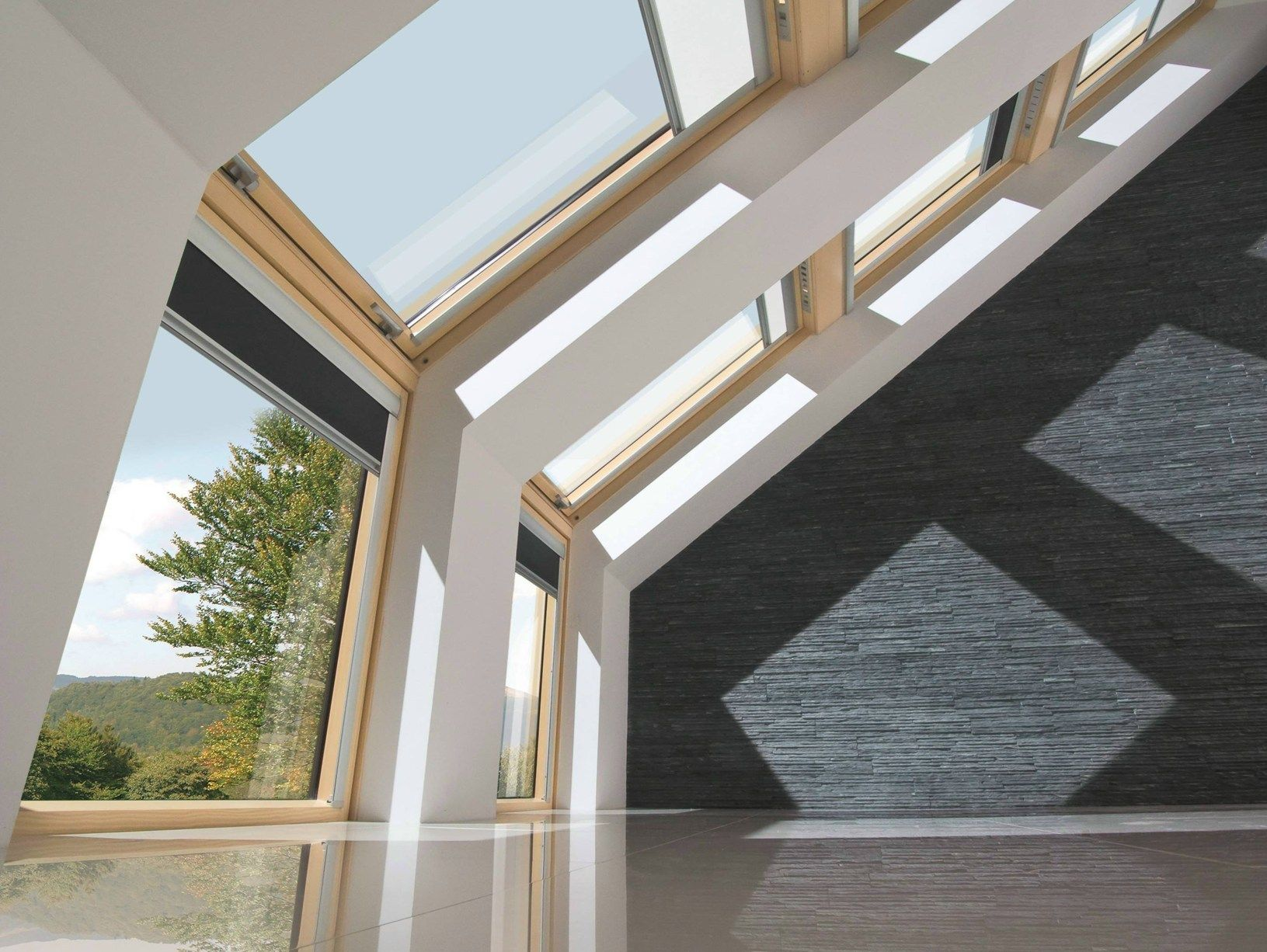Nuova tenda parasole vmz fakro la soluzione ombreggiante for Tenda finestra tetto