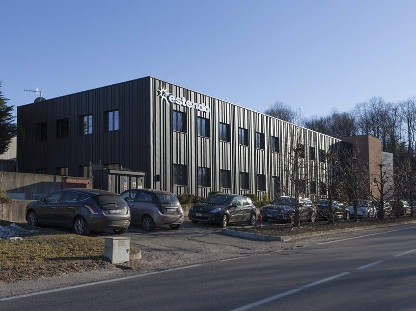 Un magazzino trasformato in uffici grazie allo Zinco Titanio VMZINC