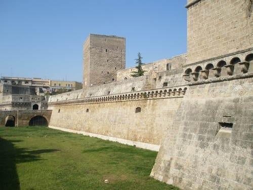 Puglia, 17 milioni per riqualificare gli immobili artistici dei Comuni