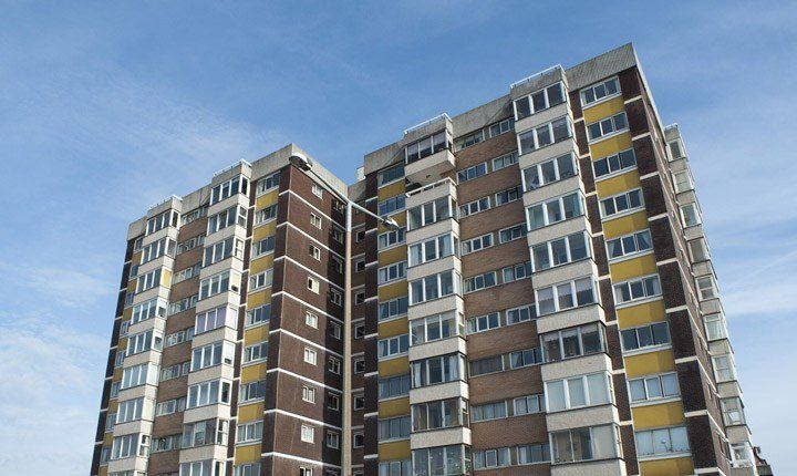 Infiltrazioni e muffe, il condominio paga il risarcimento