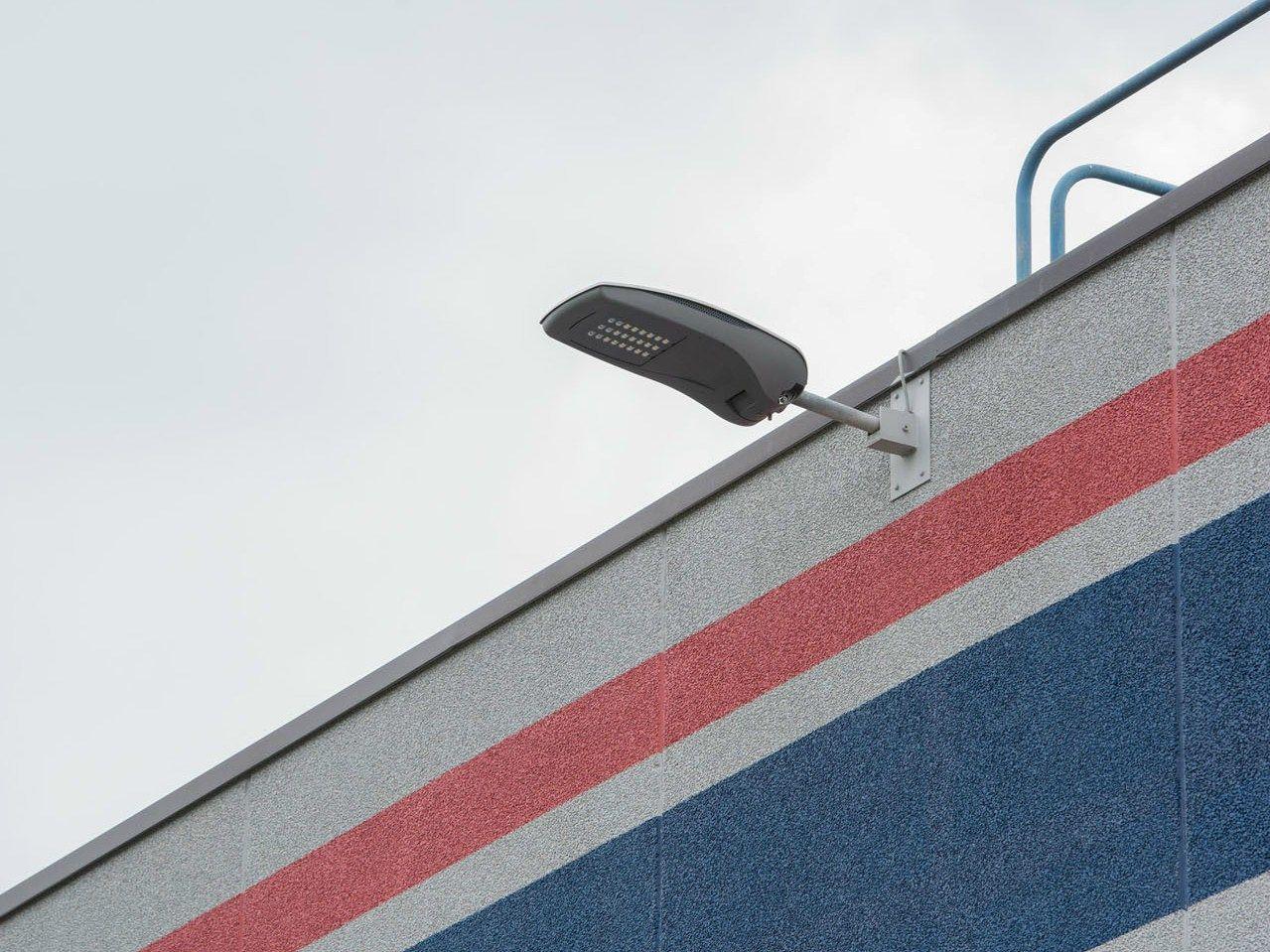 Le soluzioni di illuminazione a LED di GEWISS illuminano i reparti officina, montaggio, spedizione e i parcheggi di LVF spa