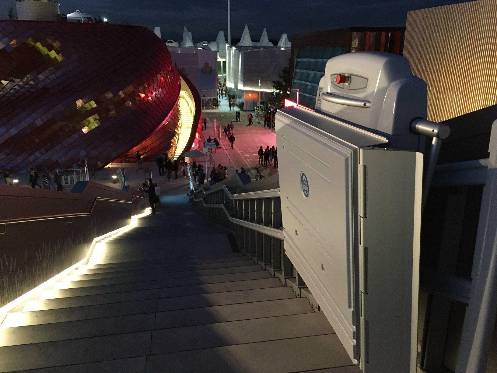 ThyssenKrupp Encasa rende accessibile un padiglione a EXPO con un montascale da record