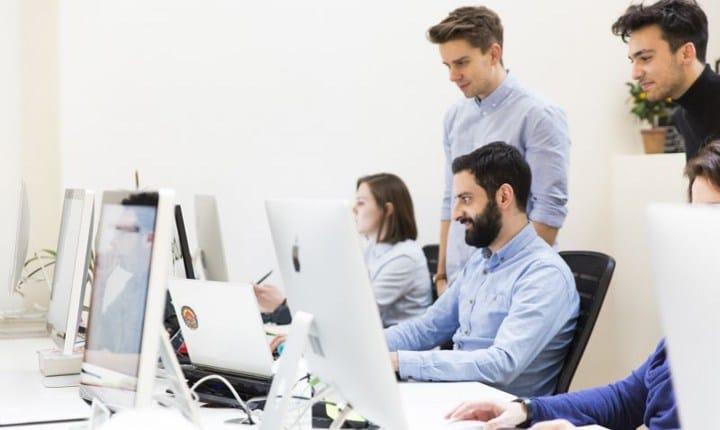 Professionisti tecnici, solo il 10,7% promuove la sua attività sul web
