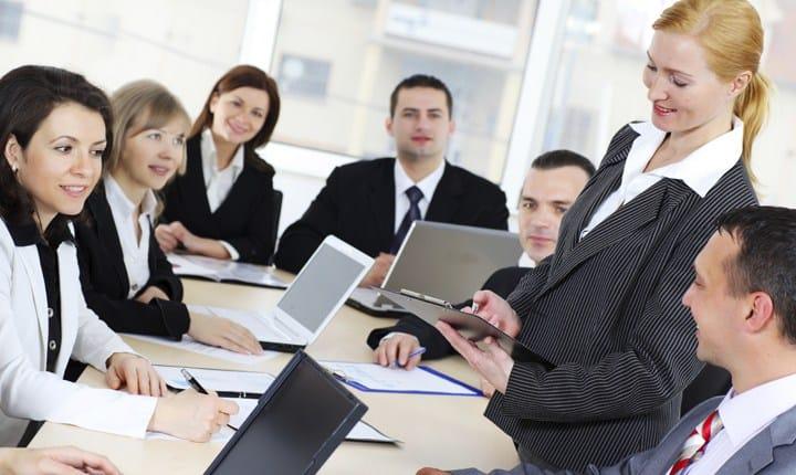 Professionisti under 45, il Governo studia incentivi per chi si aggrega
