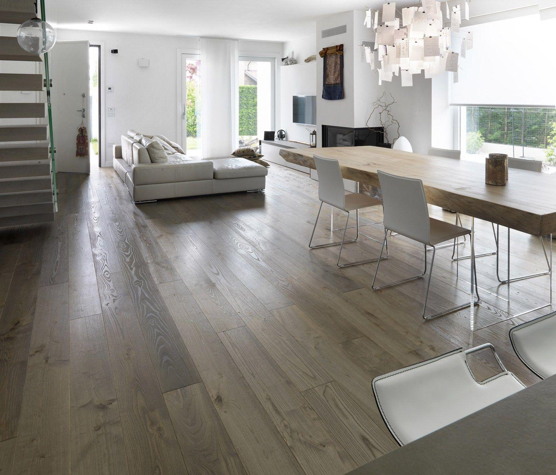 Parquet invecchiato dalle 39 intemperie del tempo 39 for Casa moderna parquet