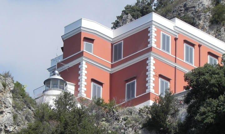 Faro di Capo d'Orso, Maiori