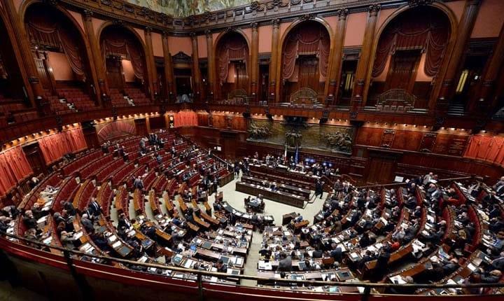 Approvato dalla Camera il decreto 'Milleproroghe'