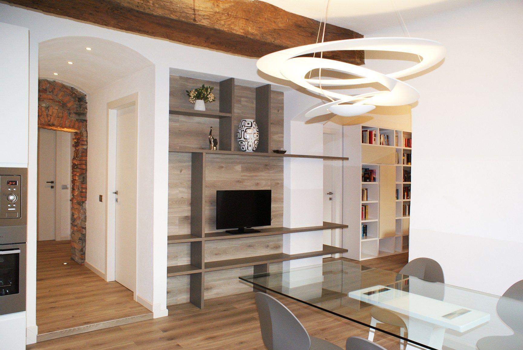 Costo Travi In Legno Per Soffitto : Pietra rustica travi in legno nuance naturali
