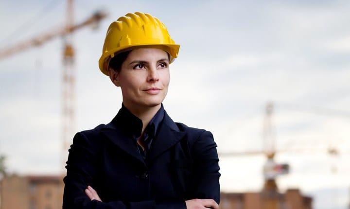 Donne ingegnere: più istruite ma meno pagate degli uomini