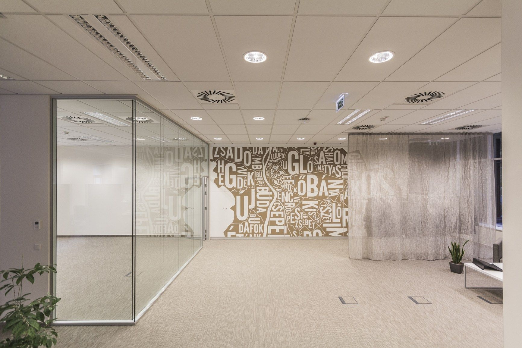 Perla OP 0.95 di Armstrong Building Products tra le tecnologie innovative dell'Eiffel Palace di Budapest