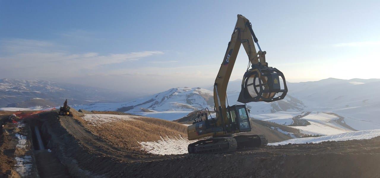 Una flotta di benne vaglianti MB al lavoro nel gasdotto del Caucaso Meridionale SCP