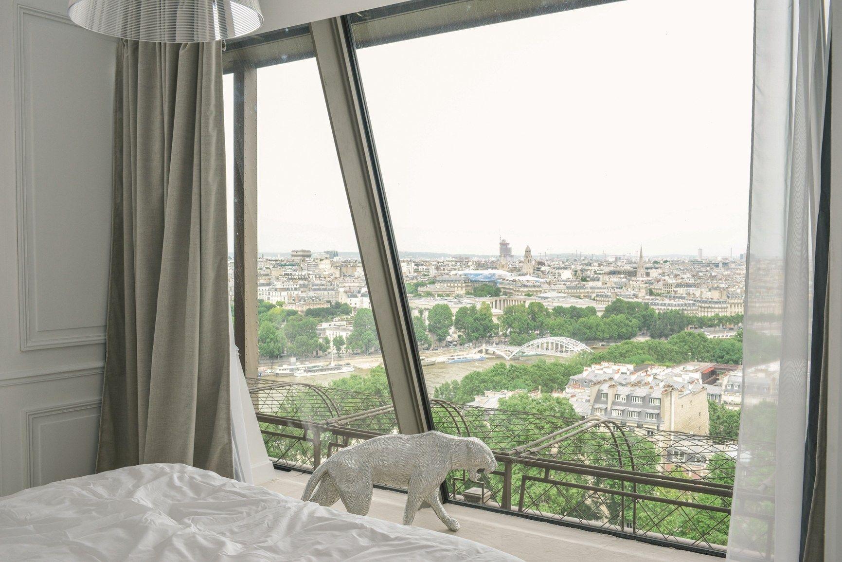 Lago @ Tour Eiffel