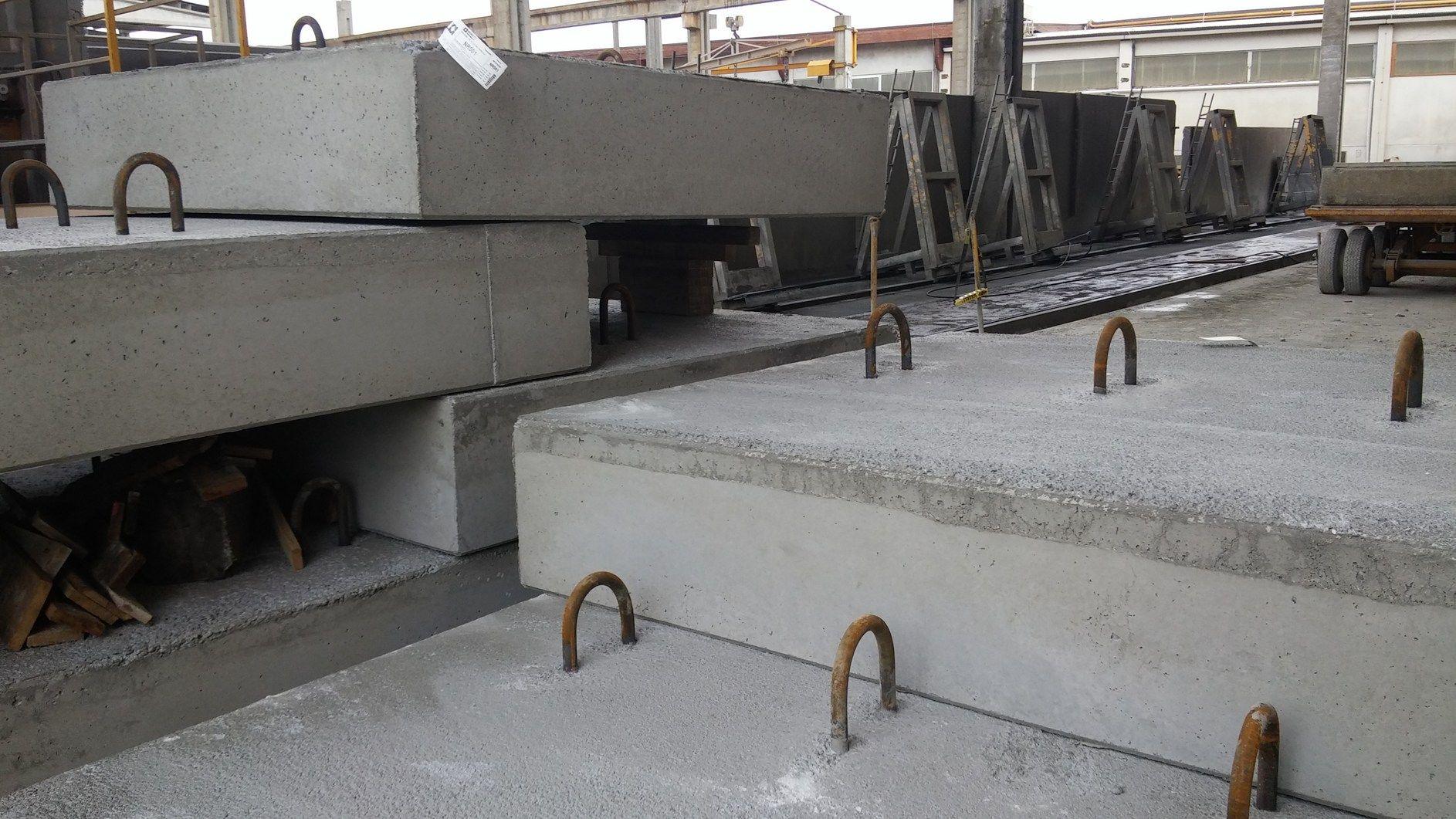 """Un cemento speciale di Italcementi per la stabilità della passerella """"The Floating Piers"""" dell'artista Christo"""