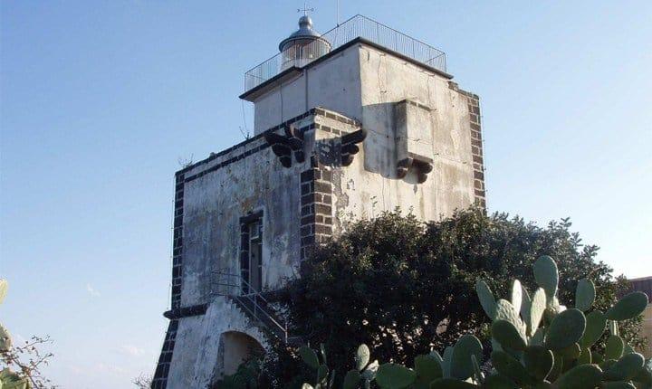Faro di Capo Mulini - Acireale (CT)