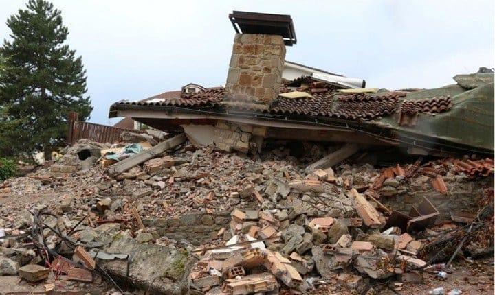 Terremoto, gli edifici prima e dopo il sisma
