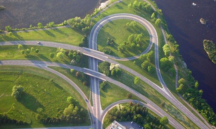 In arrivo manutenzioni intelligenti per trasformare le strade in Smart road