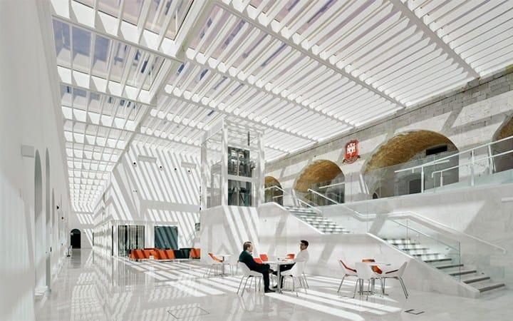 Q-RAILING: strutture moderne in un ambiente storico