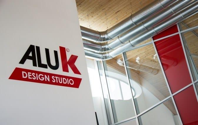 AluK inaugura il nuovo showroom
