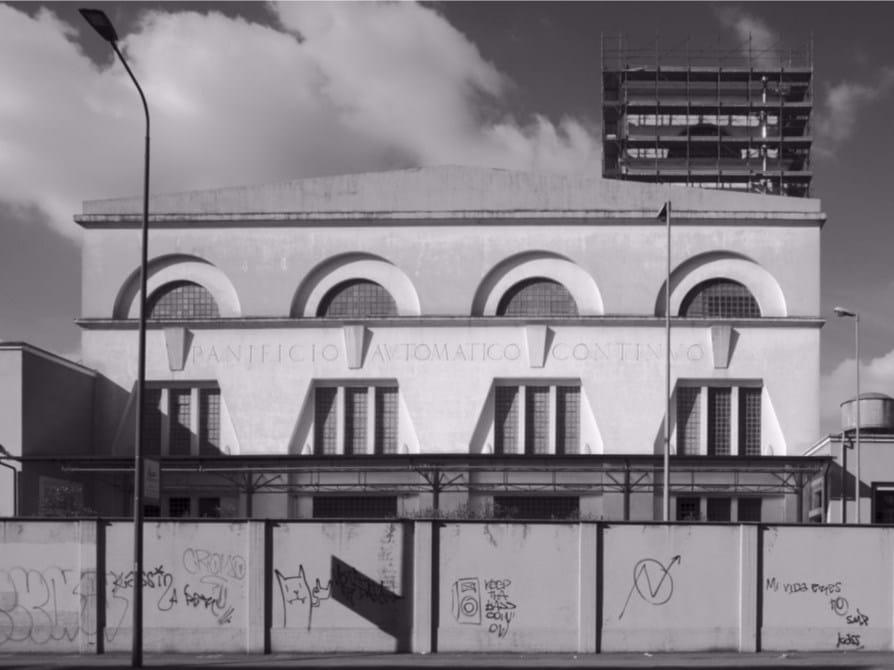 La mostra 'Milano sud ritratti di fabbriche 35 anni dopo'