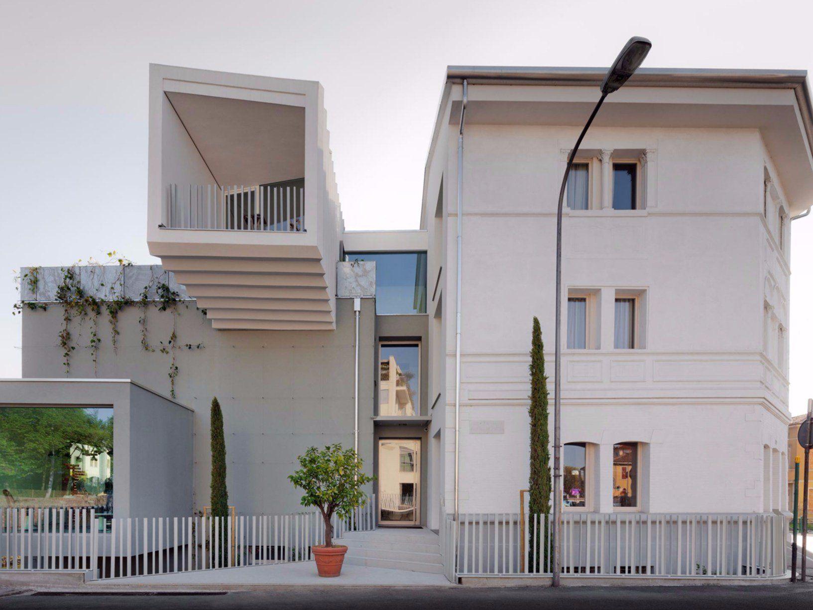 B&W building: la riqualificazione di un volume d'angolo a Treviso