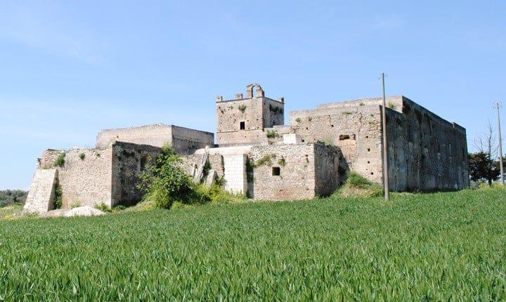 Casale S. Maria del Vetrano a Montescaglioso (MT) lungo la Via Appia