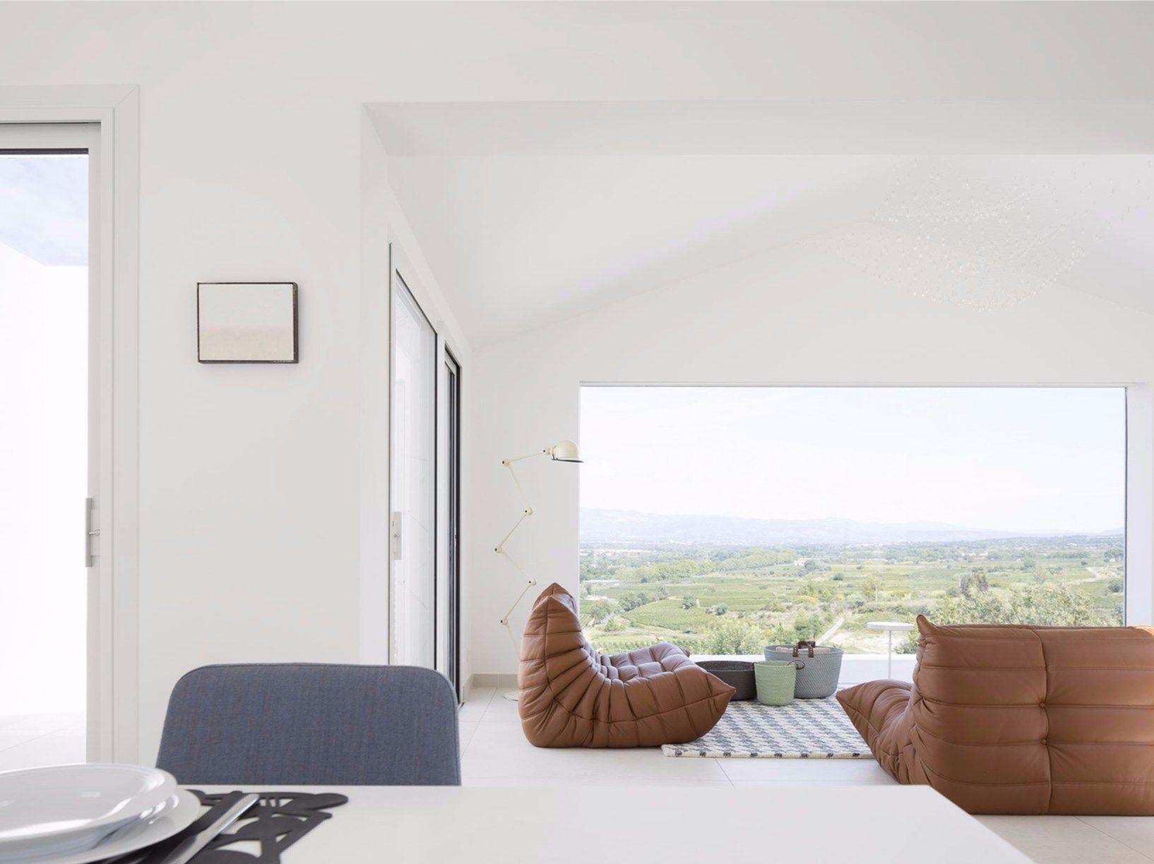 Artelabo progetta la casa introversa in Francia