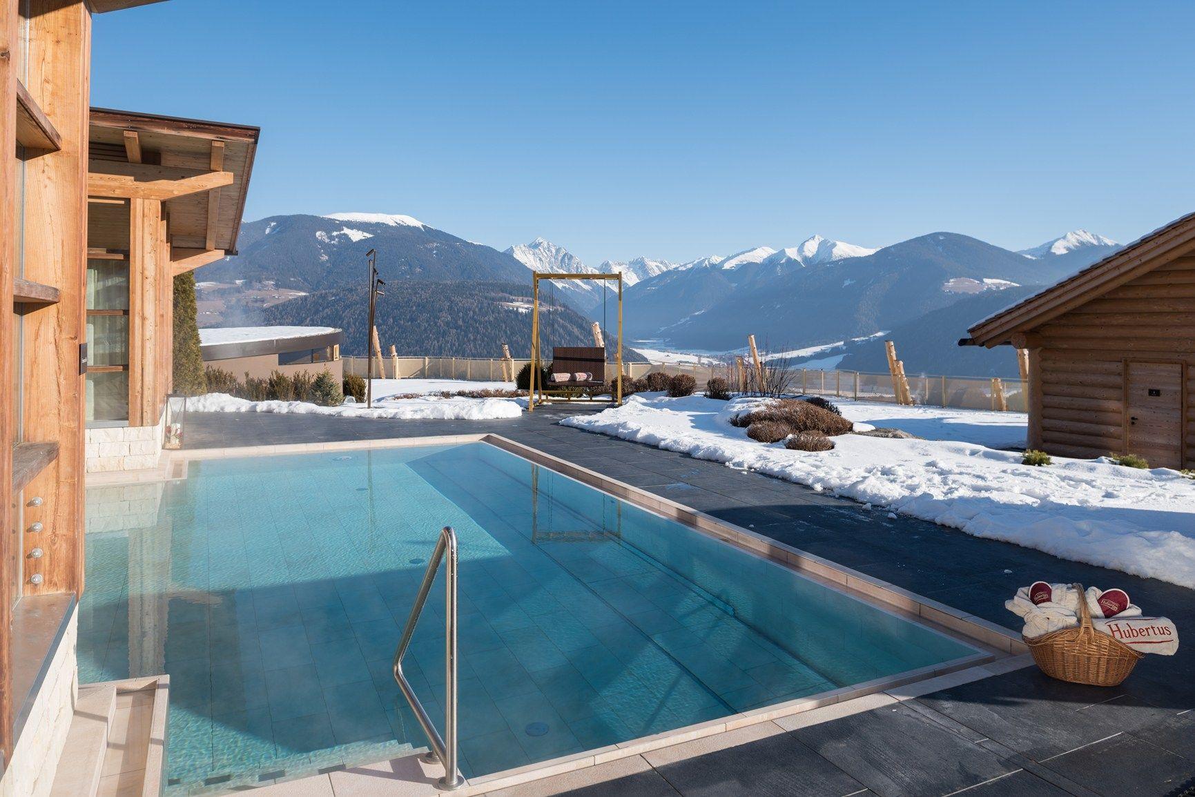 Una piscina sospesa in val pusteria - Hotel hubertus piscina sospesa ...