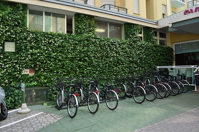 Wall-Y, la soluzione di Geoplast per i giardini verticali