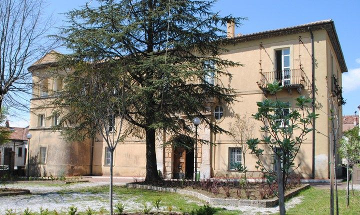 Palazzo Corrado, Lagonegro (PZ) Ciclopista del Sole