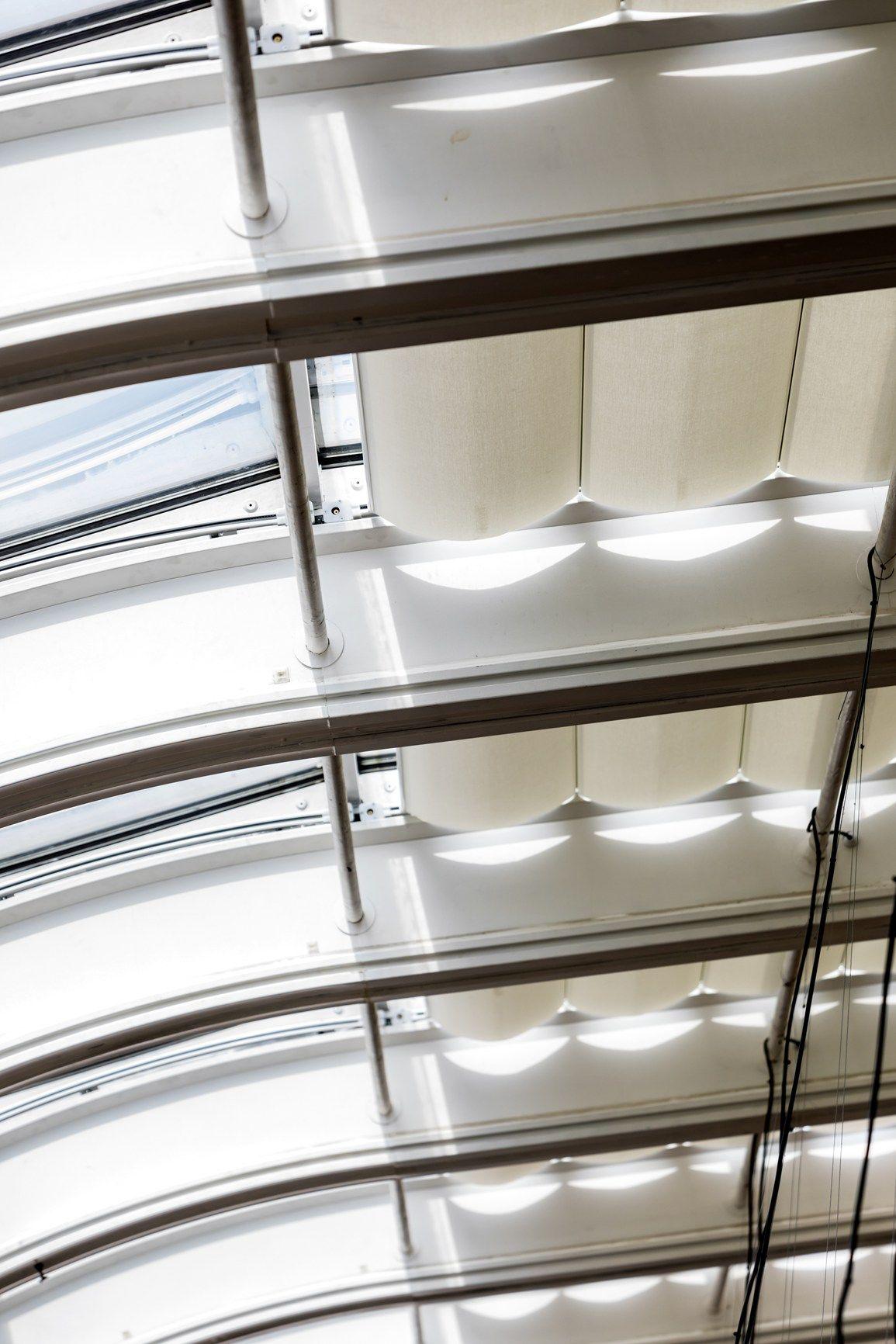 Serge Ferrari per le vetrate de La Rinascente