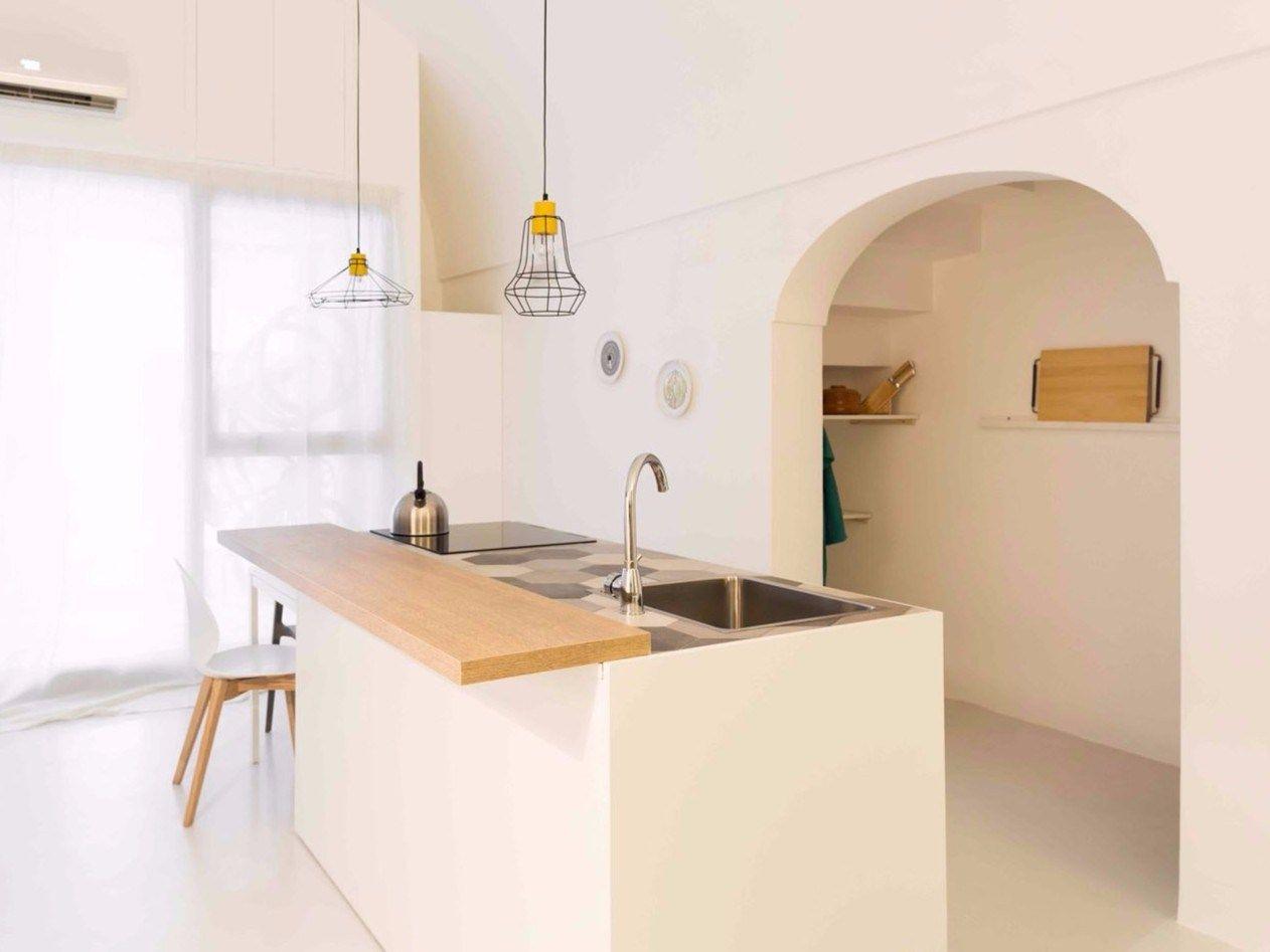 """Uno spazio ad uso """"bottega"""" diventa abitazione privata"""