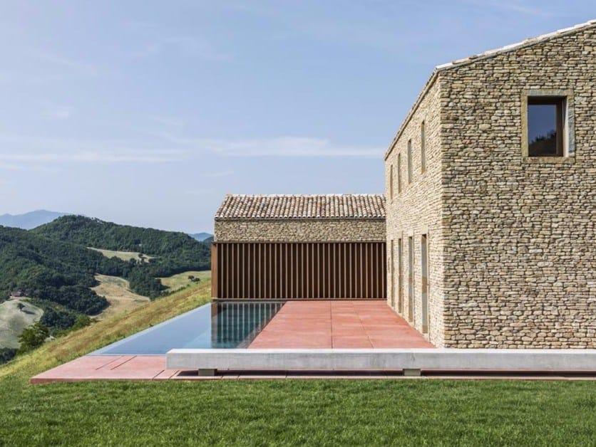 Urbino: la rinascita di un antico borgo rurale