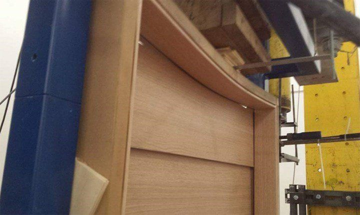 La sollecitazione a cui è sottoposto l'architrave durante una scossa di terremoto