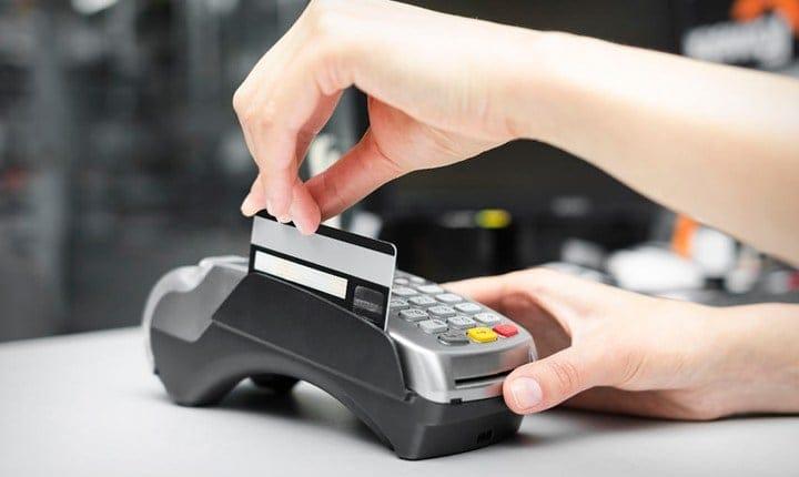 Obbligo di Pos, dal 2018 multe a chi non accetta il bancomat?