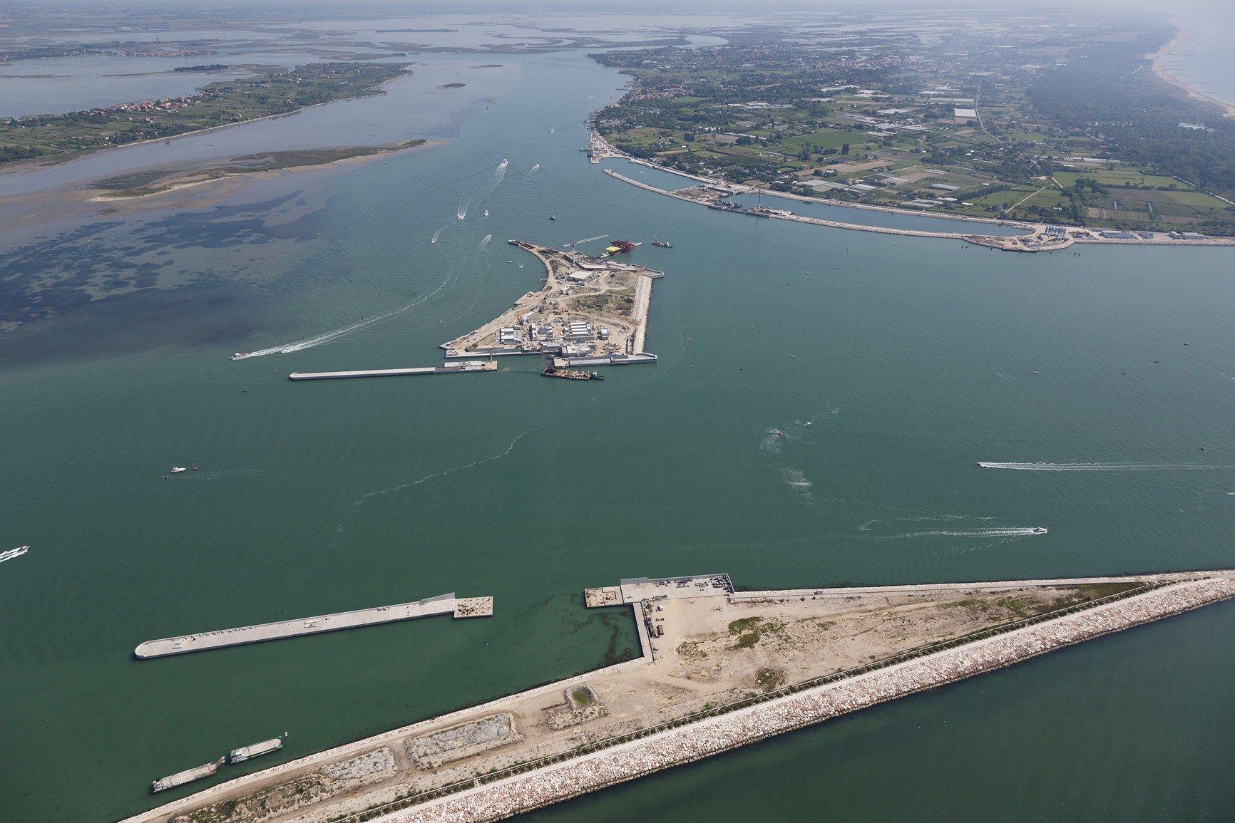 Salvare Venezia dall'alta marea: le soluzioni Dow per il Mose