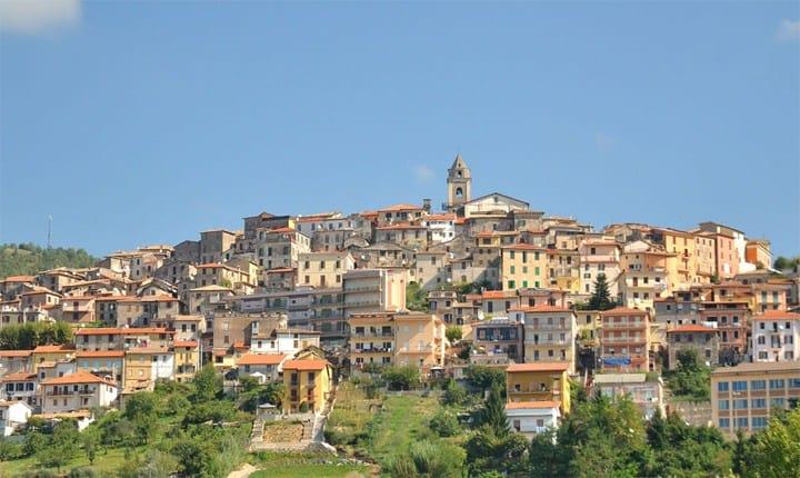 Centri storici: è vuota una casa su 5, a Frosinone una su 2, a Firenze solo il 7,5%