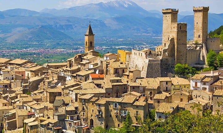 Pacentro (AQ). Foto tratta da www.beniculturali.it