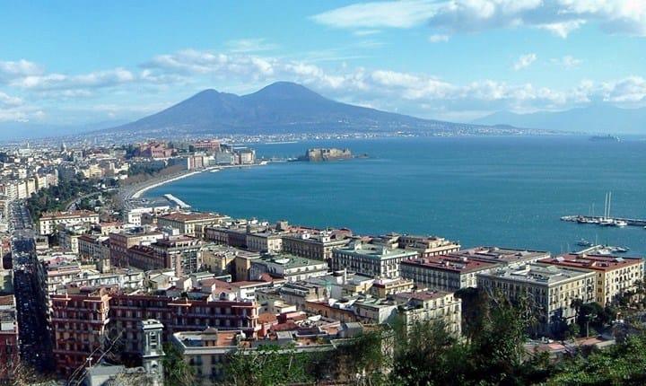 Campania, dalla Giunta le linee guida per i problemi dell'abusivismo edilizio