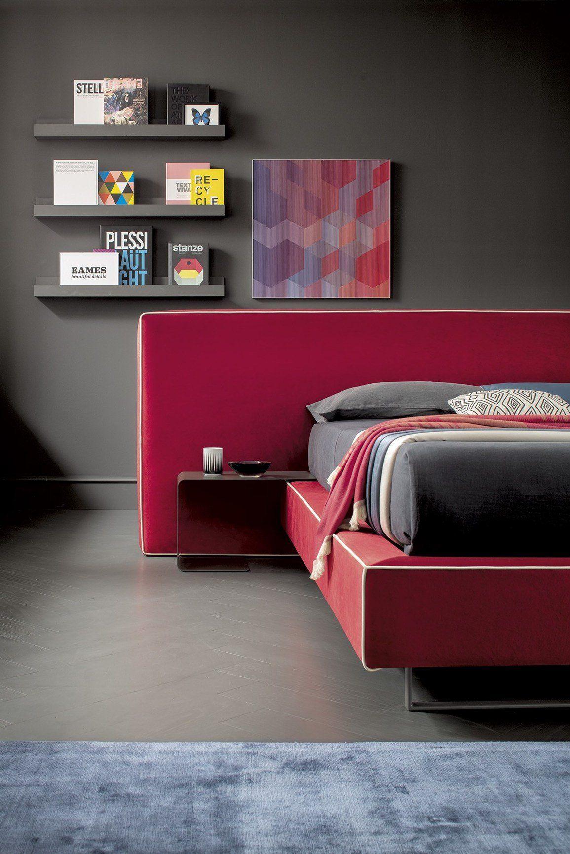 La testiera del letto diventa extra large - Posizioni nuove a letto ...