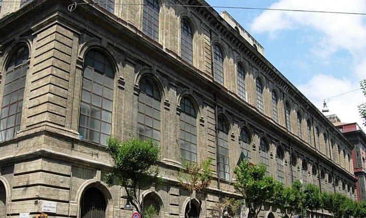 Foto: Accademia di belle arti e galleria d'arte moderna di Napoli - Wikipedia