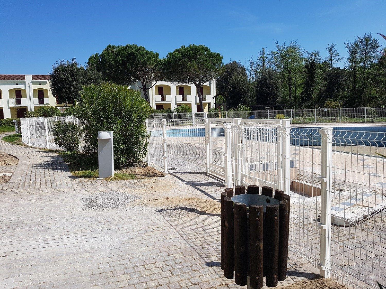 Betafence, recinzione a prova di bimbo che delimita la piscina