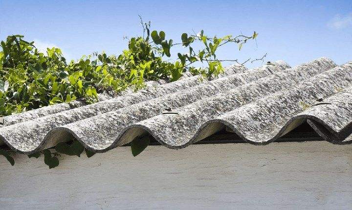 Amianto, Legambiente: 'la fibra killer continua a minacciare salute e ambiente'