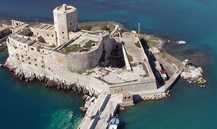 Fari, torri ed edifici costieri, dal Demanio il nuovo bando