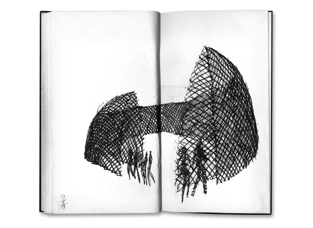 Michele De Lucchi L'anello mancante penna e pennarello nero su carta, 13 maggio 2018 Quadernino nero 22, 2018 Courtesy l'artista