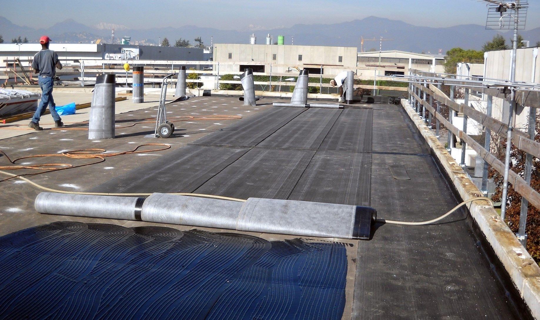 Hanes sceglie per i suoi tetti la qualità Derbigum